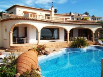 Spain : BLA1002 - La gaviota