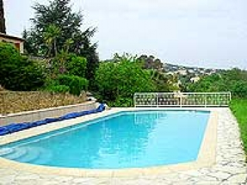 Heatable pool villas