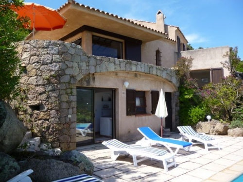 Villa / house Ste lucie de porto-vecchio to rent in Sainte Lucie de Porto Vecchio
