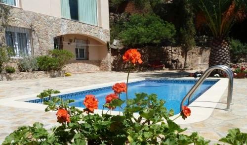 Reserve villa / house romeo