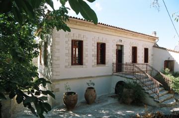 Rent independent house  greece