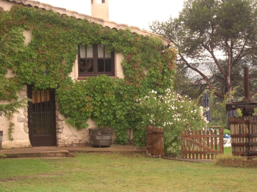 Property accommodation in a villa / house celler de l'olivera 30307