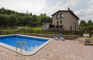 Traditional detached house La barraca to rent in Casserres