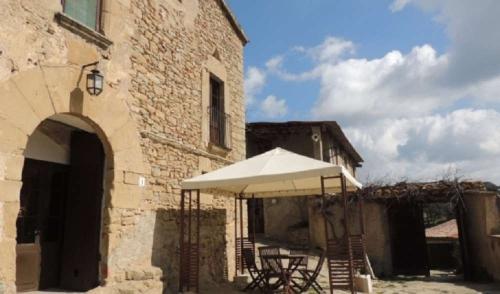 Property accommodation in a villa / house caseta brugarolas 34118