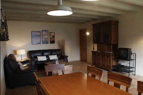 Rental villa / house la cabanya de can margarit 21006