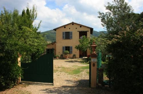 Property villa / house dei fiori