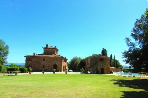 villa in Lucignano, view : Countryside