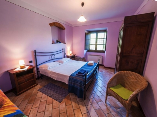 Accommodation in a villa / house for 3 people