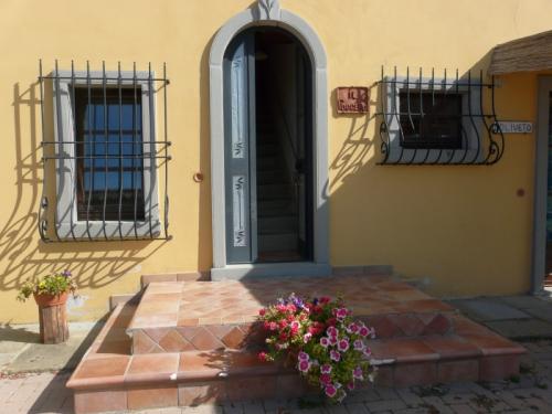 Villa / house la crosticcia - il poggetto to rent in castiglion fiorentino
