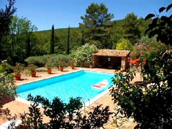 Villa / house Salernes to rent in Salernes