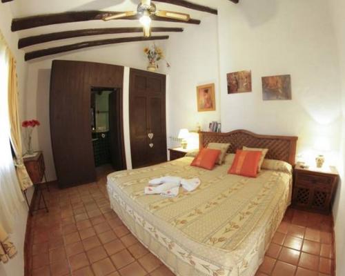 Reserve villa / house finca las chosas