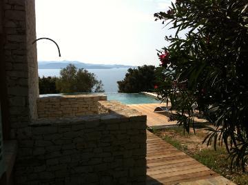 Property villa / house saint-florent