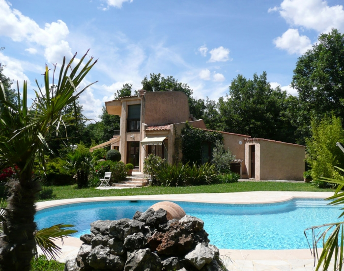 Villa / house Proche cabris to rent in Saint Cezaire sur Siagne