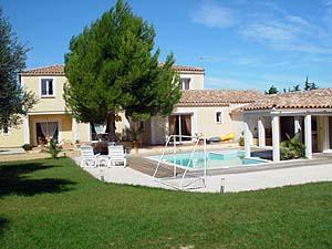 ... Location Villa / Maison Vergeze; Séjour Dans Une Maison : Languedoc  Roussillon ...