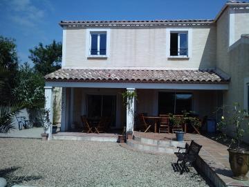 Reserve villa / house vergeze