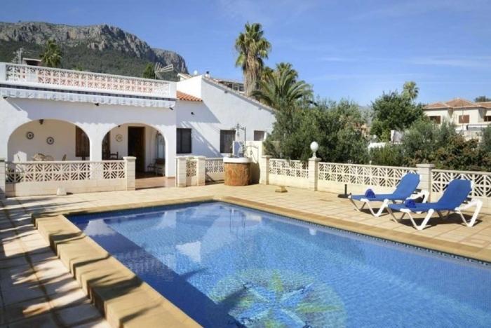 Villa / Maison Benicolada à louer à Calpe