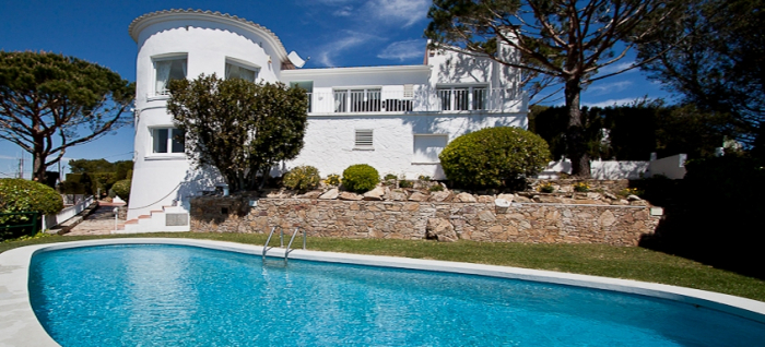 Villa / Maison EL NIDO à louer à Begur