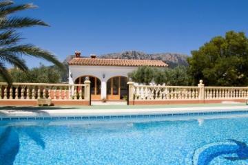 Property villa / house sindi