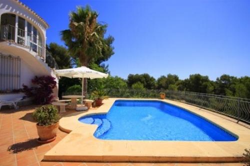 Property villa / house nyennya