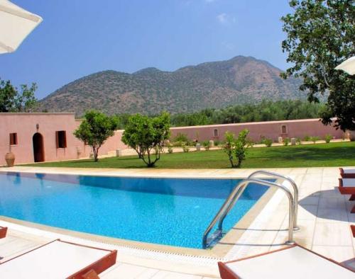 Villa / Maison Chris à louer à Perama