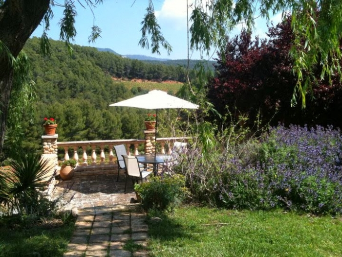 Villa / house Mas aixola 30301 to rent in Torrelles de Foix
