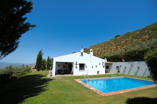 Villa / Maison El encinar à louer à La Joya