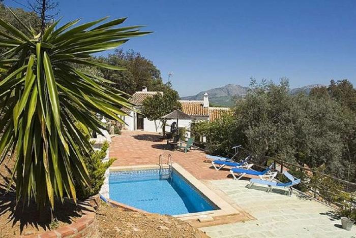 Villa / Maison El retiro à louer à Casabermeja