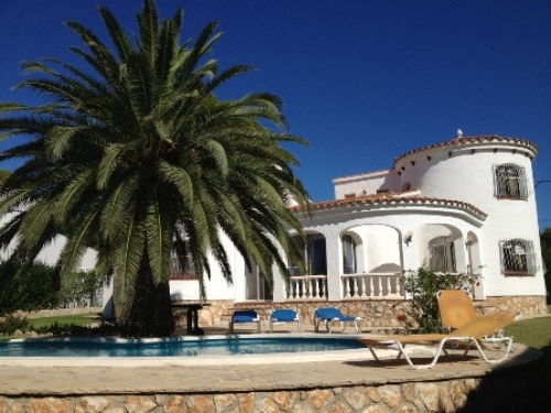 Villa / house olga to rent in ametlla de mar