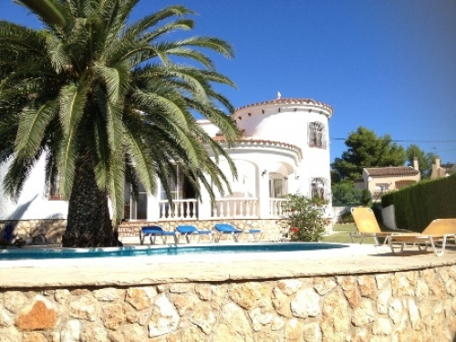Villa / house Olga to rent in Ametlla de Mar