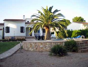 Property villa / house olga