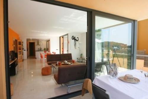 Reserve villa / house color