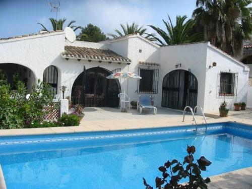 Villa / Maison FRAMBOISE à louer à Moraira