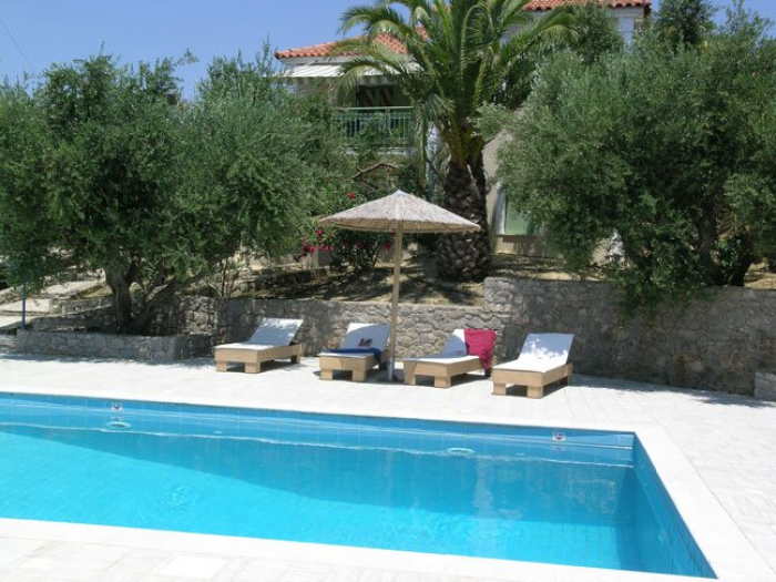 Villa / house Navarino ii to rent in Pylos