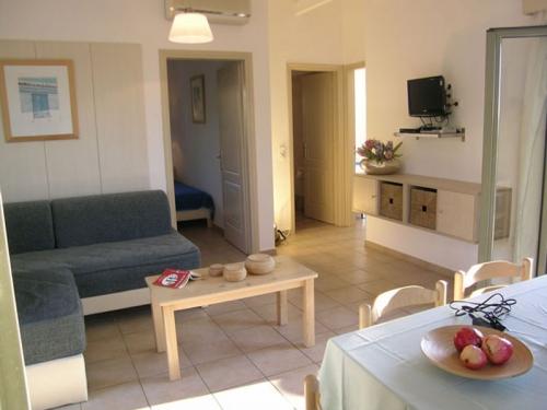 Reserve villa / house navarino iii