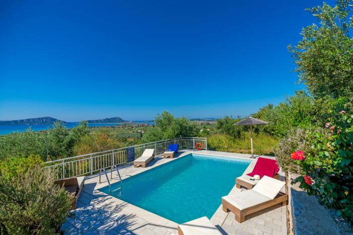 Villa / Maison Navarino iv à louer à Pylos