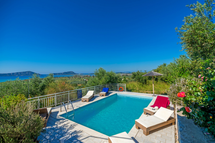 Villa / house Navarino iv to rent in Pylos