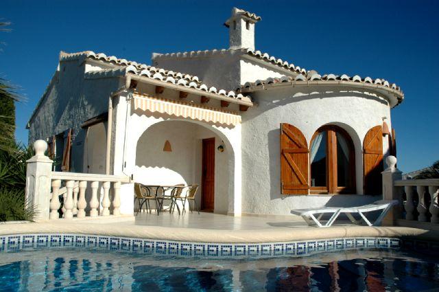 Villa / Maison 113-f à louer à La Cumbre del Sol
