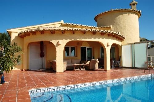 Villa / Maison 177-k à louer à La Cumbre del Sol