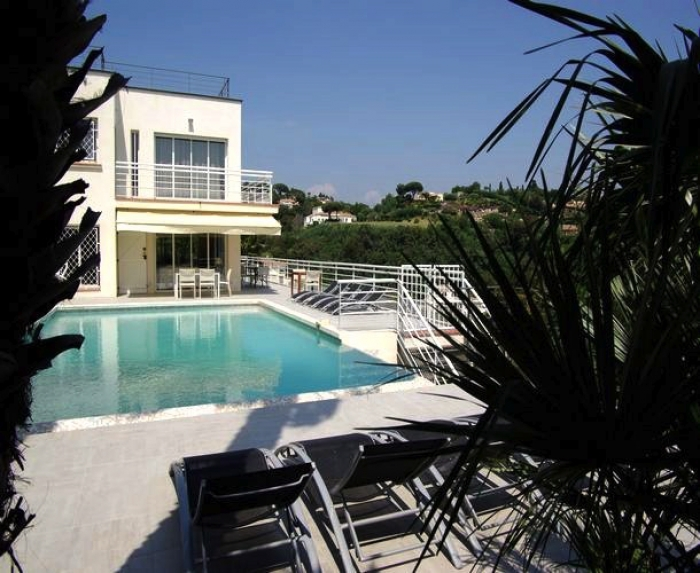 Villa / house Cana4  to rent in Cannes