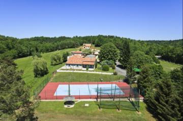 villa à Lacropte, vue : Campagne