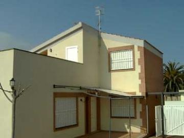 Property villa / house las norias