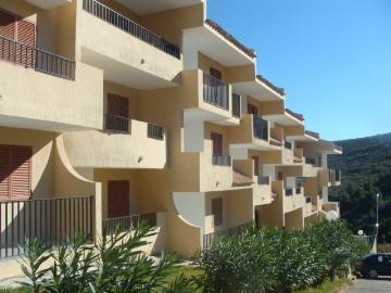 Reserve apartment font nova 2/4