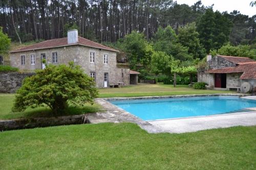 Villa / house tasadua to rent in vila praia de ancora