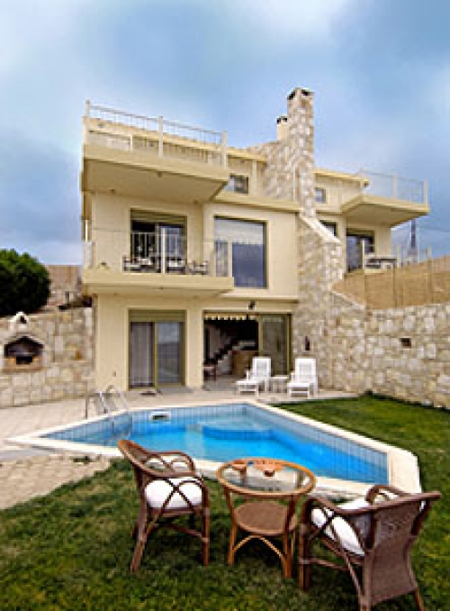 Villa / terraced or semi-detached house agia to rent in gazi