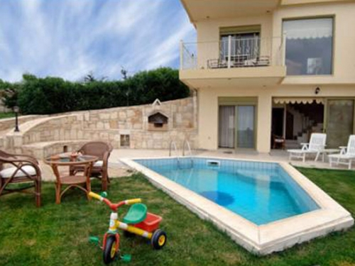 Rental villa / terraced or semi-detached house agia