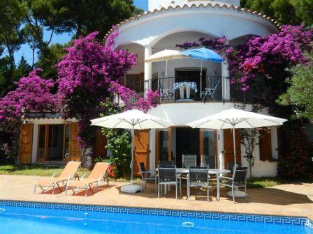 location villa tamariu 10 personnes mat815. Black Bedroom Furniture Sets. Home Design Ideas