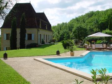 Chateau with private swimming pool