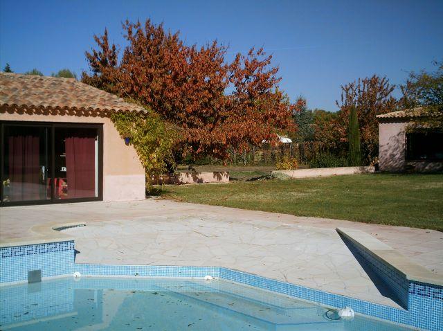 Location villa / maison rognes