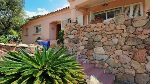 Rental villa / house bluette