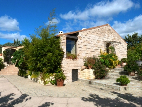 Villa / house janna to rent in propriano